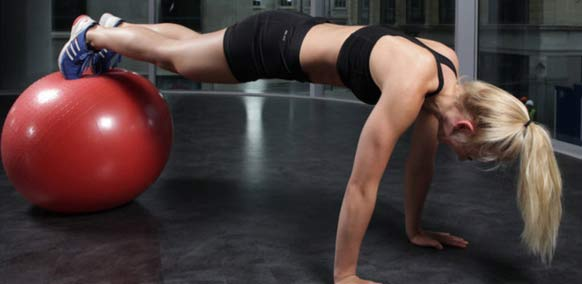 triceps-on-exercise-ball