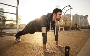 Online workout classes-photo by Andrea Piacquadio
